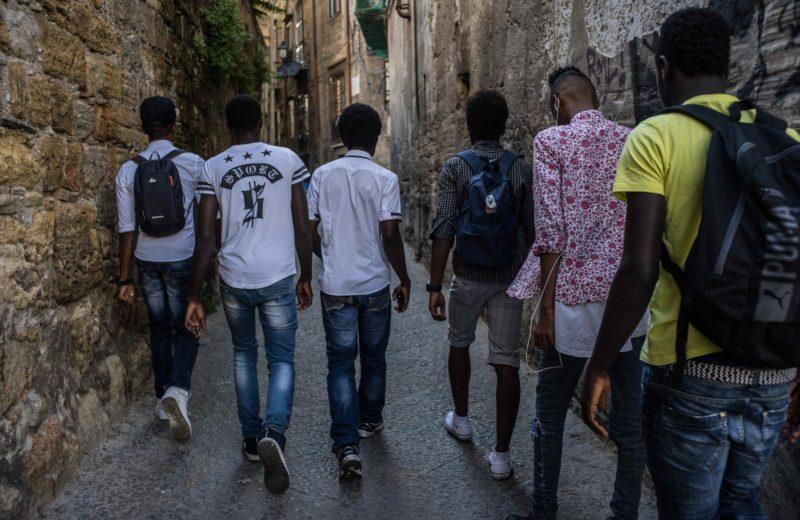 """Foto: studio14photo per CIAI, ente capofila del progetto """"Ragazzi Harraga. Processi di inclusione sociale per minori migranti non accompagnati nella città di Palermo"""""""