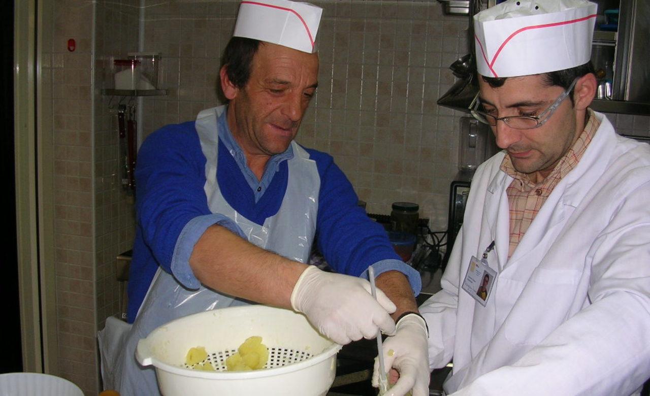 Cirone Domenico, Le mani in pasta, Comunità Anthropos di Giovinazzo (BA)