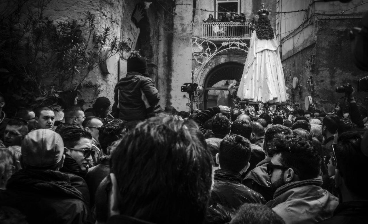 Emanuela Borrelli, Riti religiosi Motivo di incontro socialità e devozione, Pagani (Sa) (3)