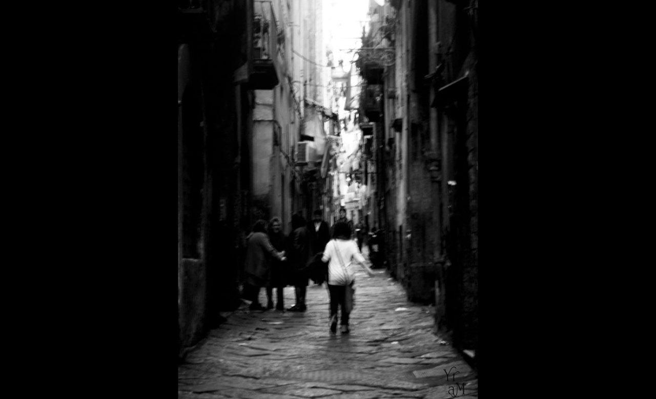 Maria Palumbo, Napule è 'na cammenata inte viche miezo all'ato