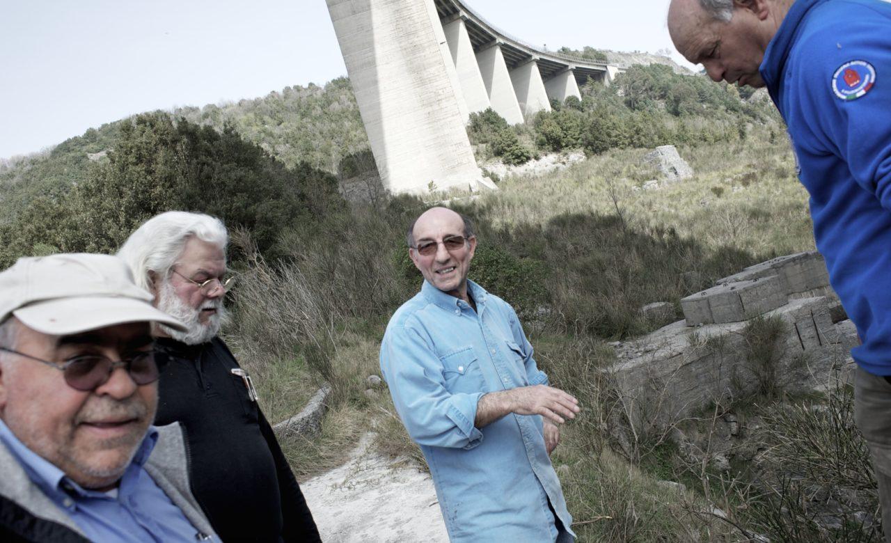 Massimo Valicchia, Salerno-Reggio Calabria, Viadotto, Antonio, Pasqualino, Giacomo e Fabio hanno partecipato alla sua costruzione