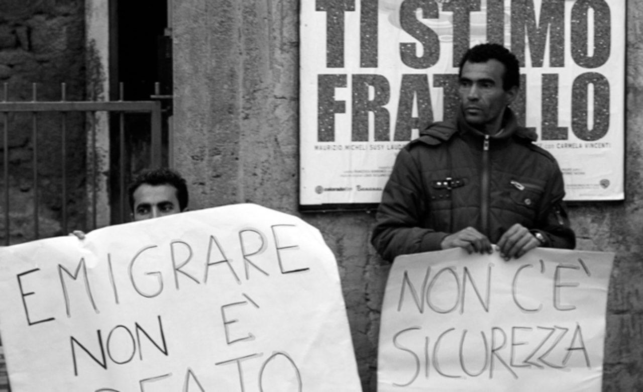 Salvina Favara, Manifestazione per i diritti agli immigrati, Scordia CT