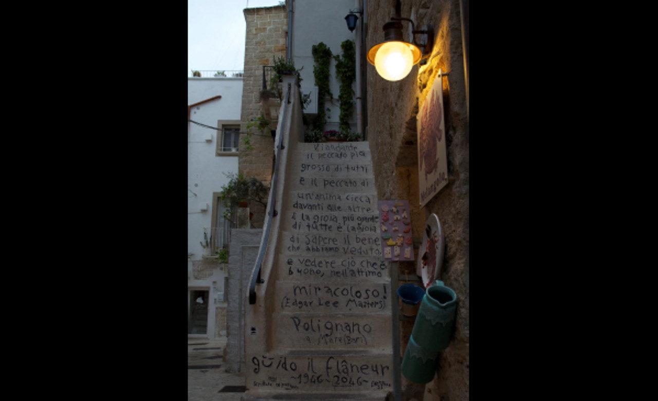 Scalinata, Polignano a Mare (BA), Serena Leone