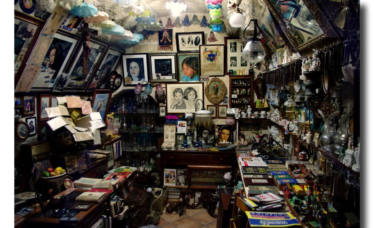 Un negozio di ricordi, Polignano a mare (BA), Giuseppe Potenza
