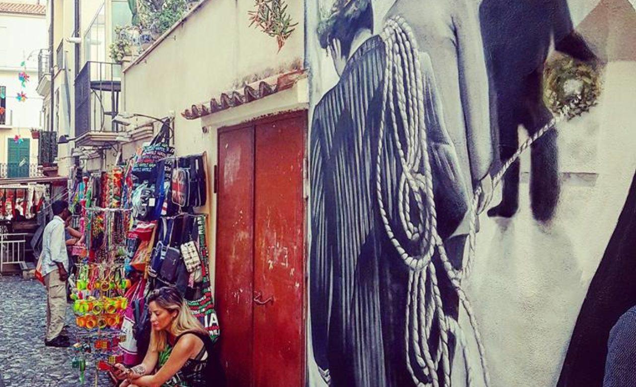 Gabriella Cantafio, Vicoli riqualificati con murales d'arte a Diamante, Diamante (CS)