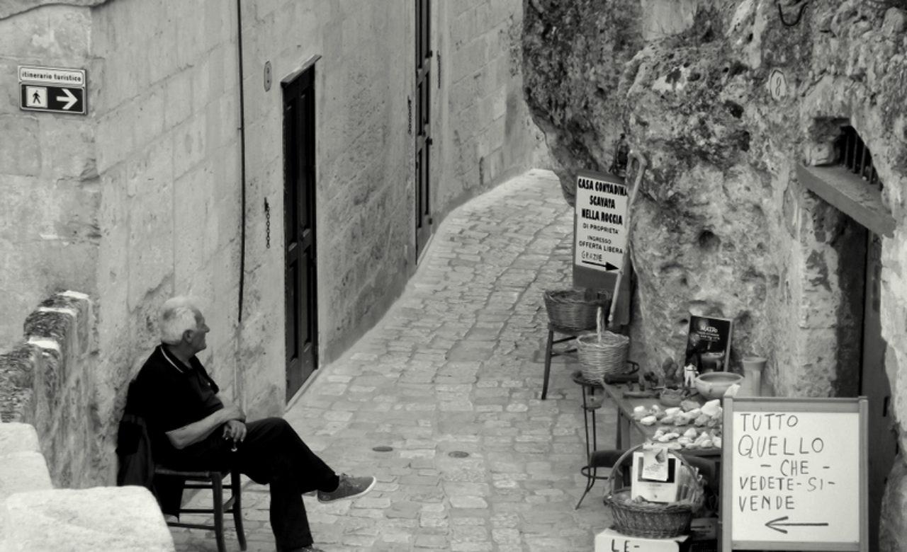 Luigi Fiore, Il venditore in attesa, Matera