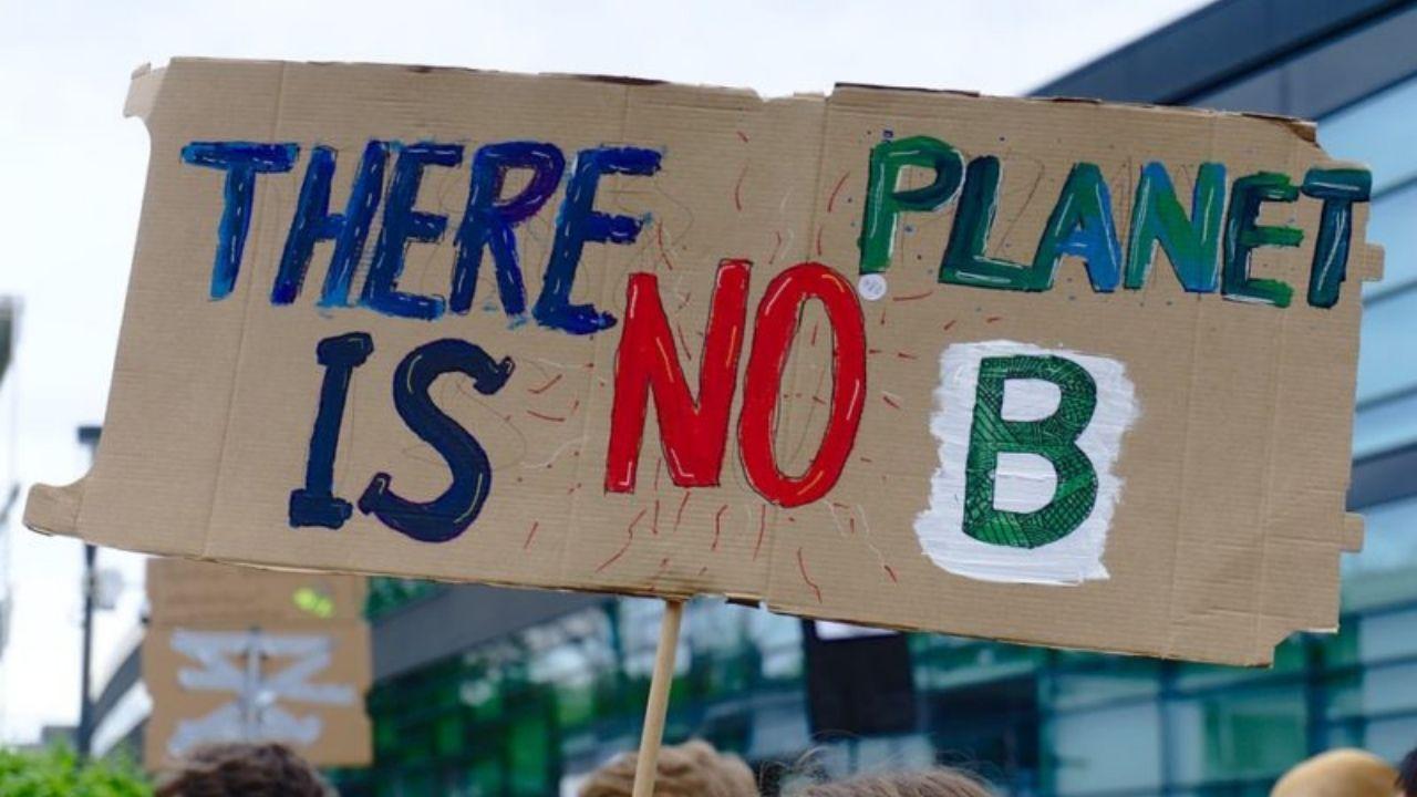 """Bando """"B.Circular"""" - Iniziative per contrastare il cambiamento climatico"""